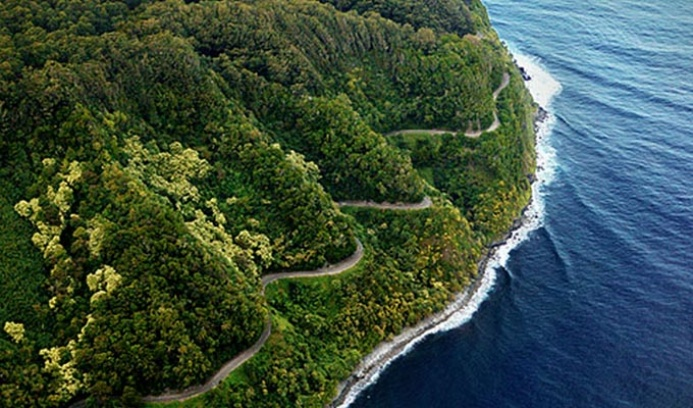 road to hana maui size137.9KB